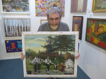 Open art show 'biggest and best yet' with more than 300 pieces