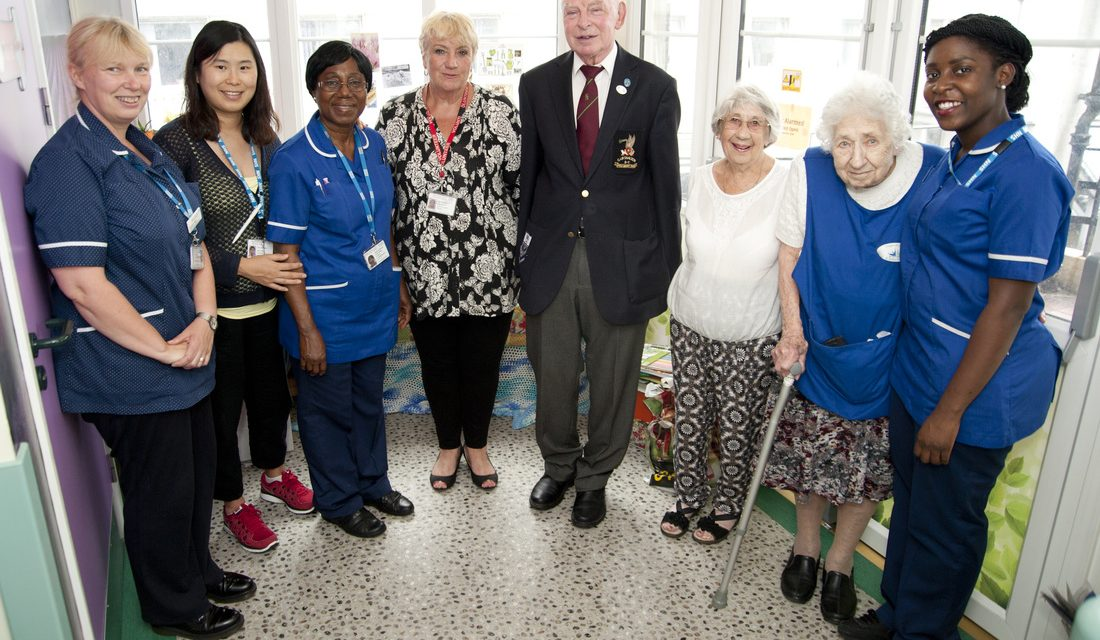 Bowling club donates £2,200 to dementia focused ward