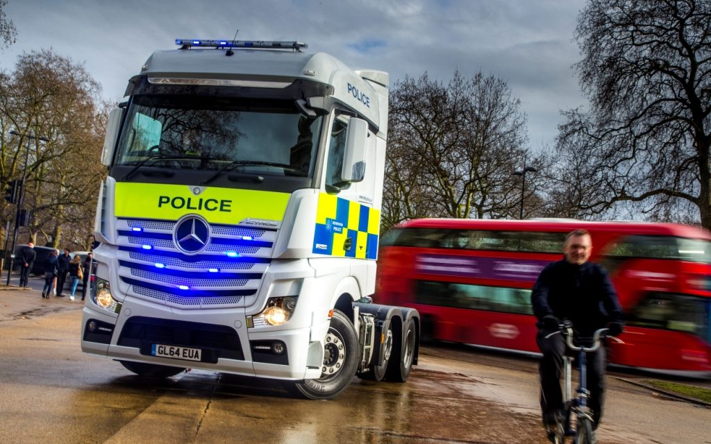 Cyclists offered chance to exchange places with lorry drivers