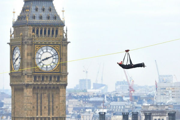 "Zip wire across the Thames for one day allows ""Superman"" style flight"