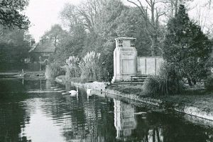 Carshalton war memorial 1929 1