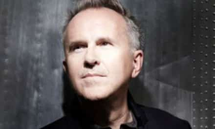 An evening with Howard Jones travels through his music career