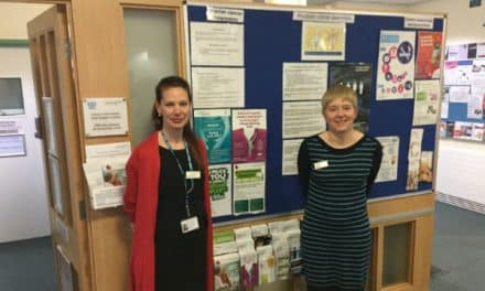 Early diagnosis is key: Specialist team get behind Ovarian Cancer Awareness Month