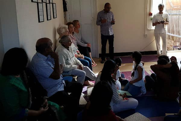 MP welcomes new yoga and community centre in Beddington