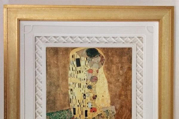 Wallington gallery framing company reaches finals of awards – twice!